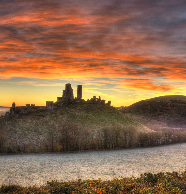 photo of Corfe Castle on a misty morning